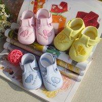 горячая распродажа мода пара детские первые ходунки детская обувь девушки мальчик мягкой подошвой с сладко-сердце малышей детской обуви
