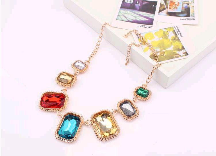 את הצבע החדש יצר יהלומים פנינה שרשרת זכוכית פסקה קצרה