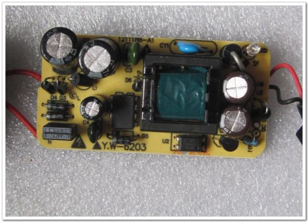 2 шт. 5 в 2а 3.0 х 1.1 мм зарядное устройство ес сша разъем питания адаптер питания для планшет пк для Huawei MediaPad на 7 идеос С7, С7-тонкий, в S7-301u, S7-Сибирь-301w