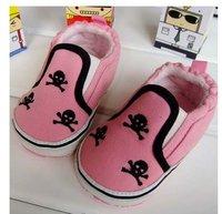 смешать 30 пара много младенцы обувь мягкий подошвой младенцы младенческой белый череп логотип детская кроватка обувь
