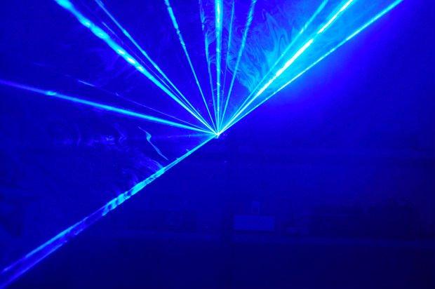 blue-laser4