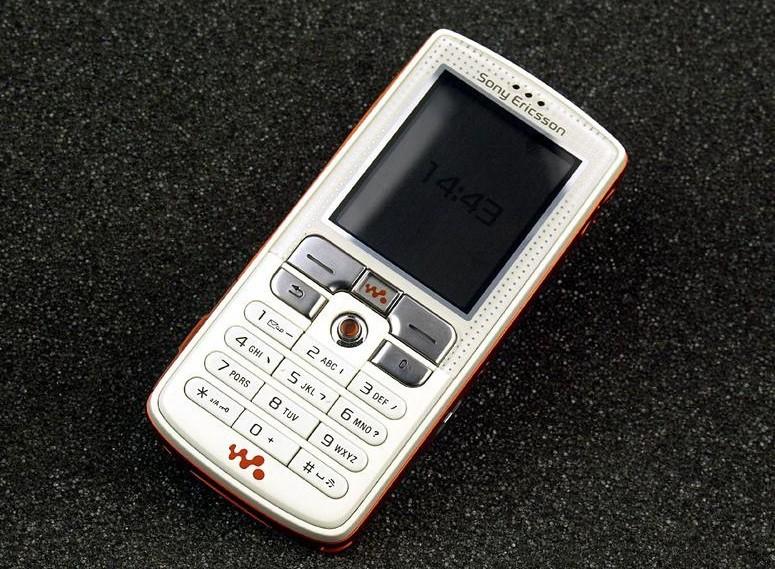 Refurbished phone W800i Original Sony Ericsson w800 Mobile Phone 2.0MP Unlocked Free shipping white with orange 4