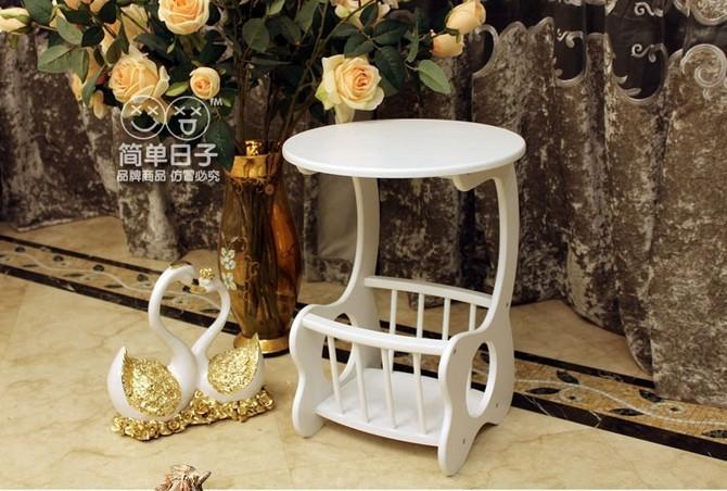 Blanco manera exquisita pequeña mesa de té, revistero, estantería ...