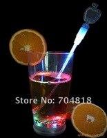 бесплатная доставка 100% новый из светодиодов мозаика Pale, 60 шт./лот, красочные мигающий вино пиво, коктейль из светодиодов ожерелье, бар ну свадьба полива