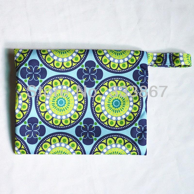 1080353730 743 [Sigzagor] 1 Small Mini Wet Bag Reusable for Mama Cloth Sanitary Menstrual Maternity Pad,Tampon,Cup Bib,Buyer PICK,35 Designs