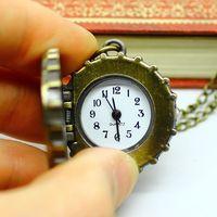 бесплатная доставка женская часы-брошь бронзовый длинная цепь кварцевые часы мультфильм бутылки колы кепка винтаж карманные часы оптовая продажа