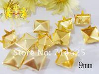 бесплатная доставка, 500 шт./лот, 9 мм, золото Pyramid Spike пятна панк рок байкер поделки Ship сумка туфли браслет одежда