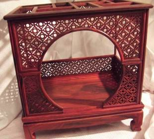 Craft Gifts,Micro Chinese Traditional Red Sandal Wood Furniture, Cupboard,  Moon Bed,