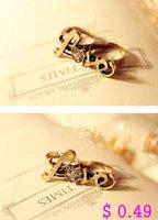 минимальный. заказ 10 $ мода палец кольцо. металл два пальца кольцо анти любовь кристалл кольцо бесплатная доставка kr126