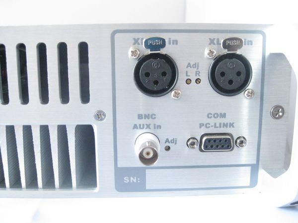 1000W FM Transmitter 5.jpg