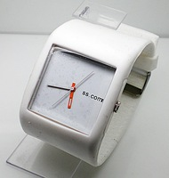 продвижение спорта силиконовые наручные часы мужчины женщины моды аналог кварцевые часы bt642