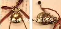 одетый баба кошелек ожерелье ретро древних оптовая продажа мода с свитер кэп с летучая мышь сумка ожерелье бесплатная доставка e4133
