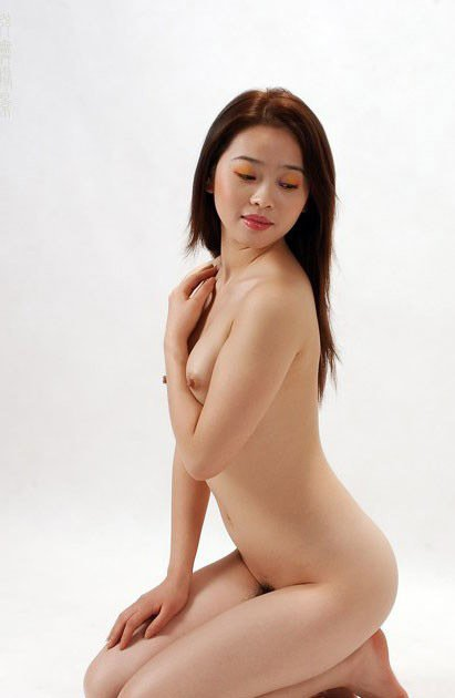 Nudes art girls groups