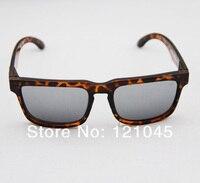 новый aarrival! мода стеклами солнцезащитных очков бренд король очки женщин людей 5 цвет бесплатная доставка