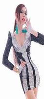 вышитые стоячим воротником тонкий платье бархатное обтягивающее платье