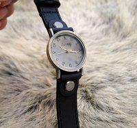 бесплатная доставка ~ ~ ~ черный цвет ручной работы мужская старинные оракул из коровьей кожи наручные часы пары
