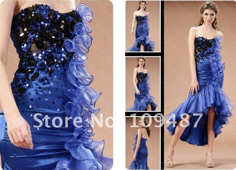 Luxury wedding gown * sapphire blue star bride wipes bosom of CNN ...
