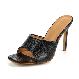 Image 3 - Pzilae 2020 yeni kadın sandalet kare ayak ince yüksek topuk terlik moda kadınlar üzerinde kayma slaytlar yaz plaj ayakkabısı katır boyutu 42