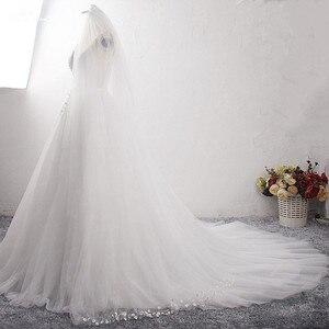 Image 3 - LZ400 parlak inciler küçük çiçekler düğün elbisesi v yaka kolsuz A Line gelin elbise peçe ile Vestido De Noiva