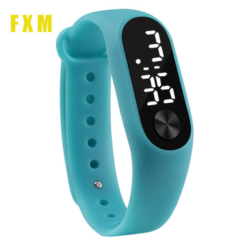 цена на Color Fashion Men Women Casual Sports Bracelet Watches White LED Electronic Digital Candy Color Silicone Wrist Watch For child
