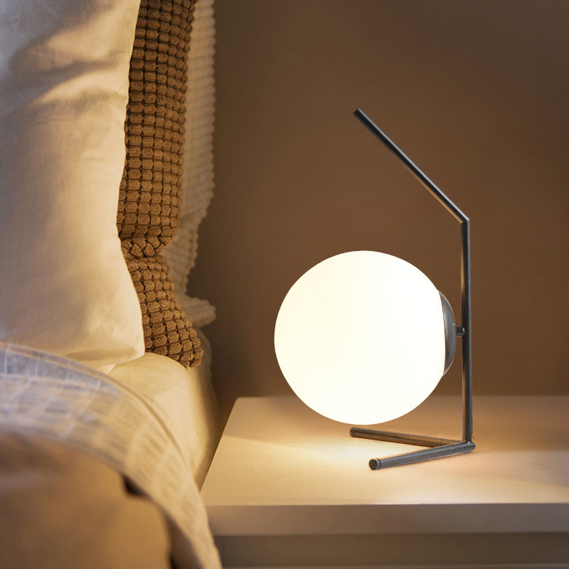 Ball Table Lamp Simple Fashion Decoration Table Lamp Bedroom Bedside Computer Table Lighting Table Lamp