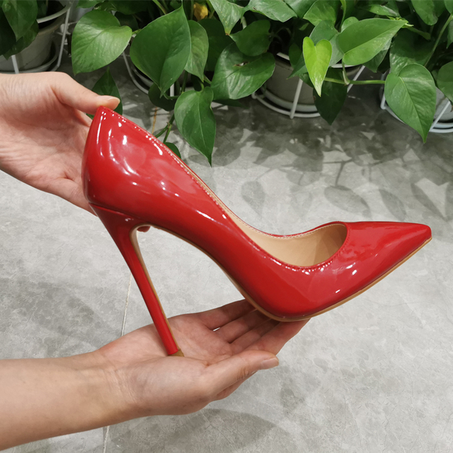 Женские туфли-лодочки  с острым носком на тонком каблуке 2