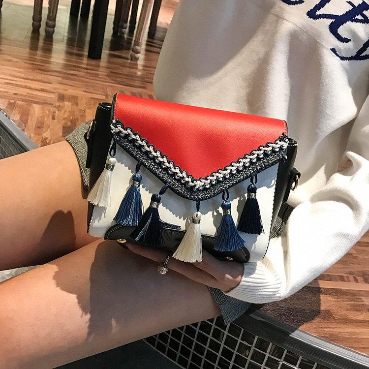 New Retro Tassled Woven Shoulder Bag Fashion Messenger Bag