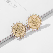 Nuova Grande Rotonda Moneta D'oro di Cristallo Orecchini Con Perno Per Le Donne Simulato Perle In Resina Boho Dichiarazione Orecchini Dei Monili di Cerimonia Nuziale Brincos