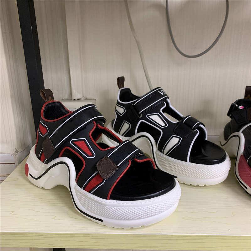 Женские сандалии на плоской подошве, дизайнерские кроссовки с подсветкой, большие размеры 35 40