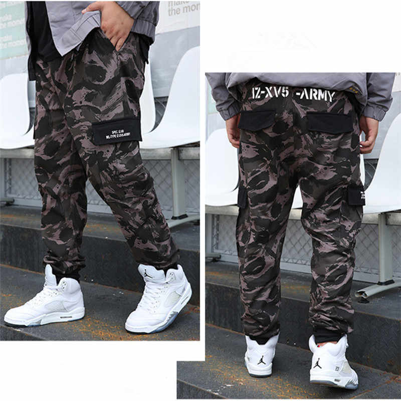 Kamuflajlı Kargo pantolon 8XL Joggers Militar erkekler pantolon Hip Hop ordu Camo Spodnie Meskie erkek pamuklu Sweatpants 6XL Kargo Ropa