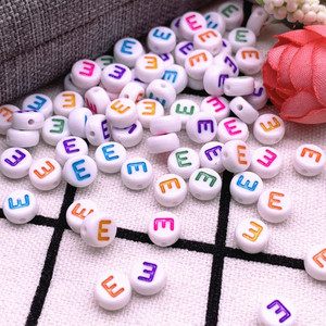 Новинка 100 шт./лот 7x4 мм A-Z цветные круглые акриловые бусины с буквами алфавита для изготовления ювелирных изделий Аксессуары для браслетов с...
