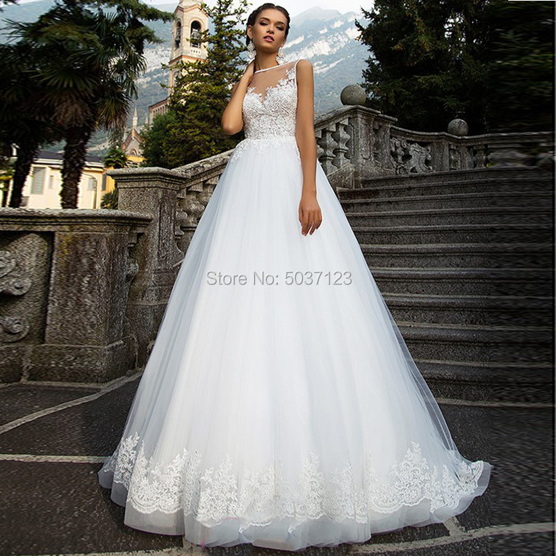 Vestido De Noiva A Line Tulle Wedding Dresses Scoop Sleeveless Lace Appliques Backless Bridal Gowns Sweep Train Plus Size