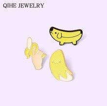 Épingles banane jaune en émail, amusant et créatif, Fruit, chien, pistolet, Badge banane, revers, vente en gros, plante, bijoux, cadeau pour amis