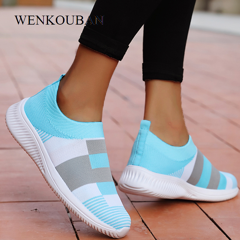 Women Casual Vulcanized Shoes Mesh Sneakers 2020 Female Knitted Flat Shoes Ladies Slip On Footwear Plus Size Zapatos De Mujer