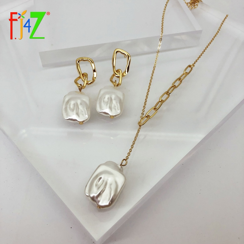 F.J4Z 2020 Trend Irregular Pearl Earrings & Necklaces Set for Women Baroque Simulated Pearl Charms Earrings Jewelry Christmas