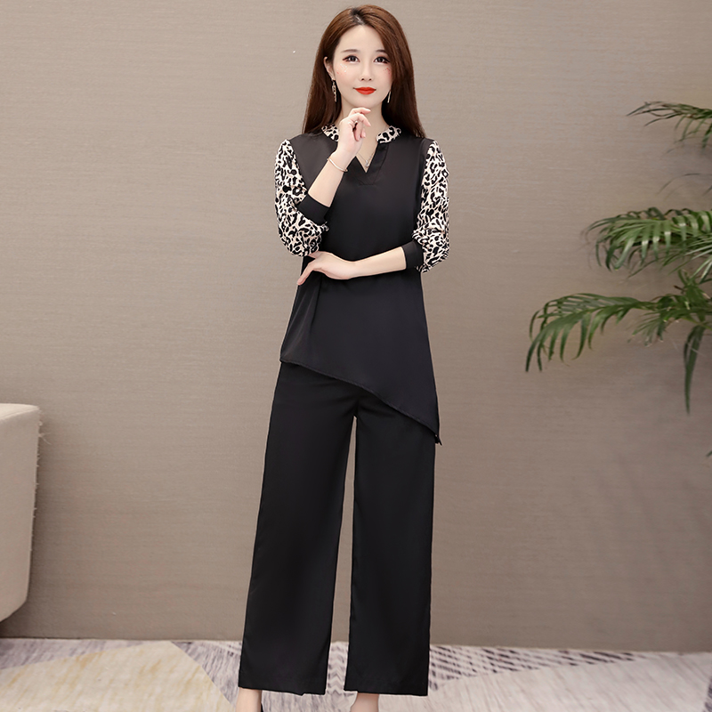 Plus Size Black Leopard Print Two Piece Sets Outfits Women V-neck Tops And Wide Leg Pants Suits Office Casual Fashion Sets 2019 31
