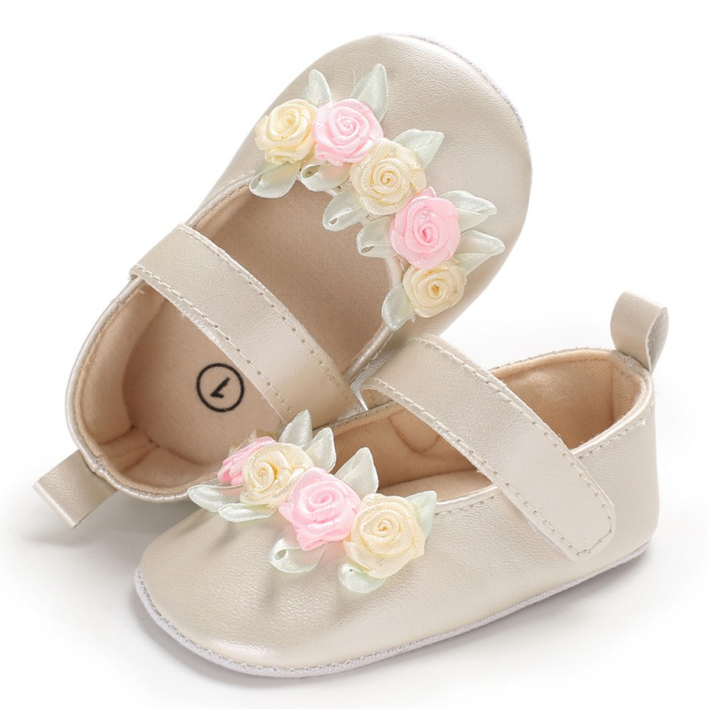 Newborn Baby Shoes Simple Small Fresh Flower Baby Girl Toddler Princess PU Shoes Champagne White First Walker Soft Shoes  New M