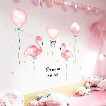 Różowe flamingi ściana z balonami naklejki na pokój dziewczyn pokój dziecięcy sypialnia naklejki ścienne winylowe wymienny PVC samoprzylepne fototapeta tanie i dobre opinie heatboywade Płaska naklejka ścienna Europejska Do płytek For Wall naklejki okienne Jednoczęściowy pakiet cartoon 50*70cm 20*28inch