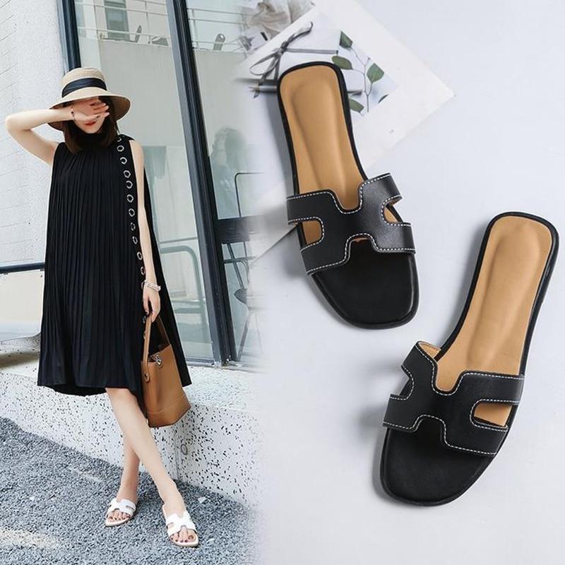 Flat bottom one word slippers women 2020 summer new Korean casual sandals women's beach shoes