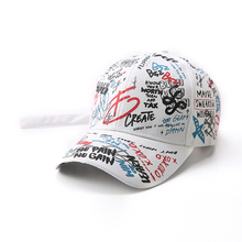 2019 new unisex ladies and mens hats with adjustable black white color caps graffiti patterns