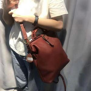 Image 5 - Çift kullanımlı kadın bayanlar dana gençler için sırt çantaları kızlar Retro klasik hakiki deri kadın okul omuzdan askili çanta paketi Mochila