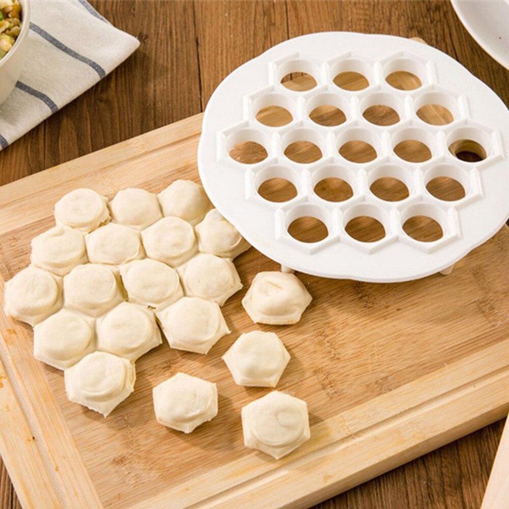 DIY Baking Mold Dumpling Mante Ravioli Pierogi Pelmeni Mold Maker Kitchen Dough Press Cutter