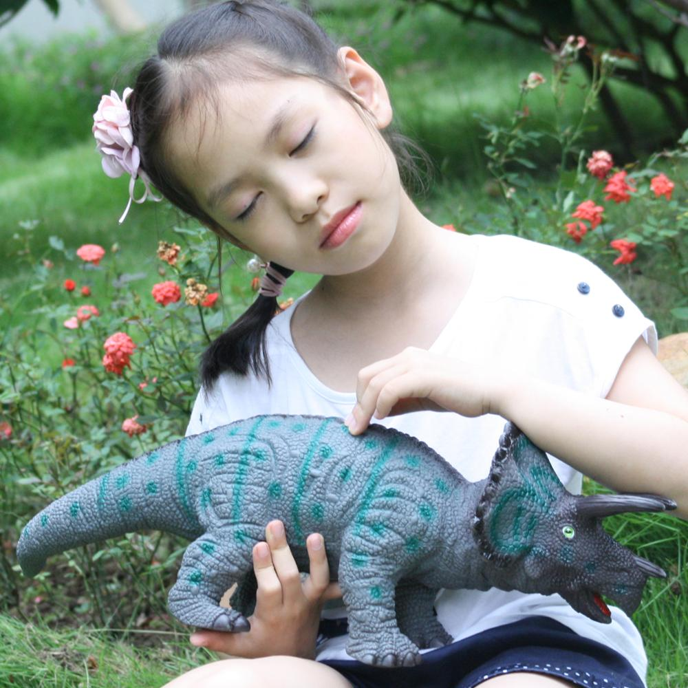 Huang Cheng Toys 19 Inch Triceratops Dinosaur Figure Animal Model PVC Soft Touch Stuffed With Cotton Grey Kid Toys Animal World