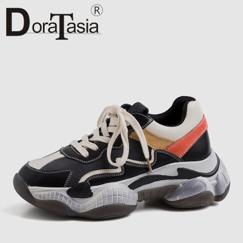 اعتصامات DoraTasia 2019 جديد حار بيع الربيع أبي أحذية امرأة 2019 حقيقية جلد البقر السيدات رياضية الدانتيل متابعة فتاة عالية أحذية امرأة-في أحذية نسائية مسطحة من أحذية على  مجموعة 1