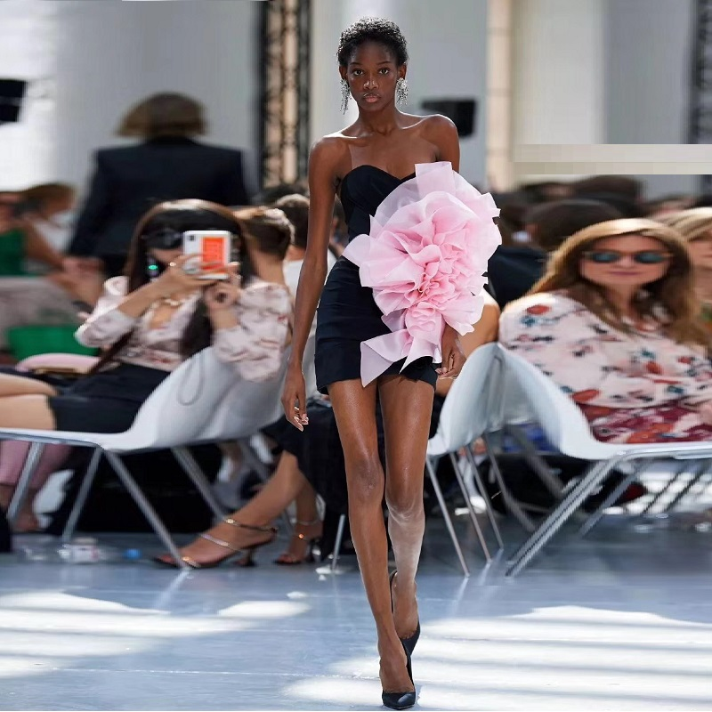 2019 nouvelle haute couture bleu Satin Mini robe été célébrité sans bretelles rose maille Applique moulante élégant parti femmes Vestidos