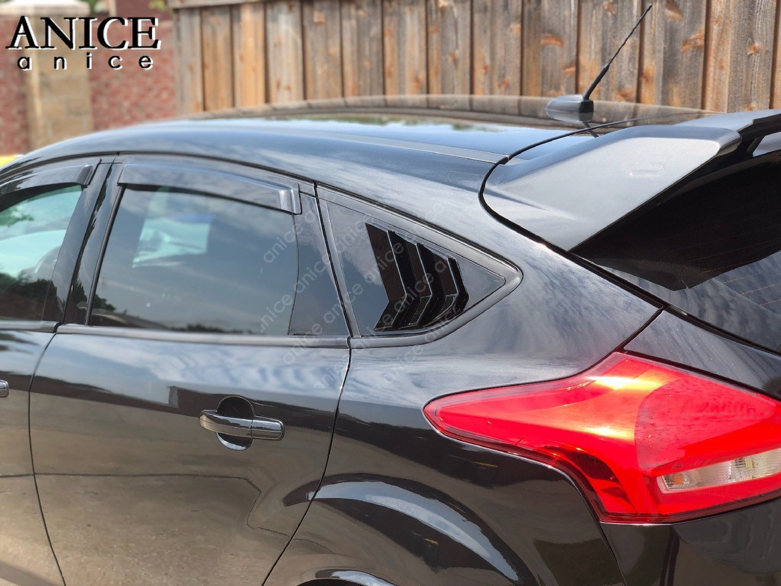 fit for Ford Focus ST RS Hatchback Carbon fiber color Window Side Louvers Vent 2012 2013 2014 2015 2016 2017 2018 ABS in Chromium Styling from Automobiles Motorcycles