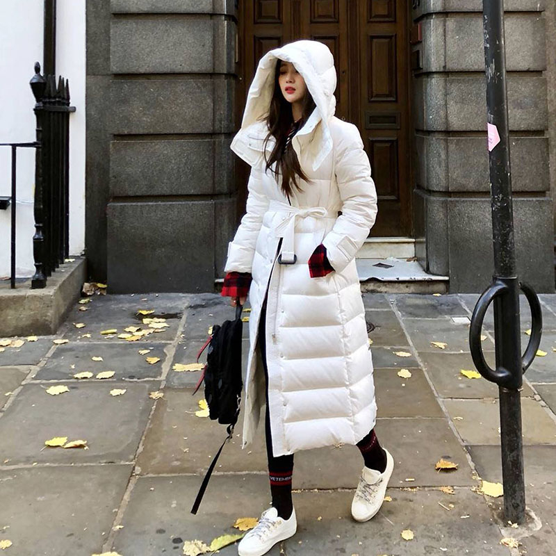 Snow Classic 90% White Duck Down Women Jacket Black White Coat Winter Long Parka Female Slim Warm Outwear With Belt Overcoat Y43