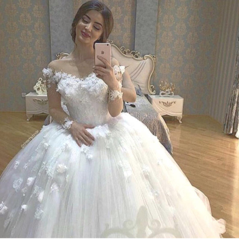 Ball Vestido De Noiva 2018 Illusion Neckline Arabic Bridal Gown Long Sleeves With Flowers White Mother Of The Bride Dresses