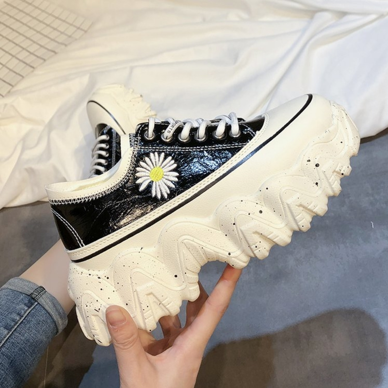 2020 Spring Woman Chunky Sneakers 7cm New Platform Wedges Shoes For Women Red Fashion Designers Lace Up Leather Casual Shoes