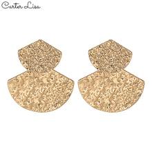 CARTER LISA Vintage Geometric Gold Fan Drop Earrings Quality Alloy Dangle Earrings For Women 2020 Statement Ear Jewelry kolczyki kiss me brand statement earrings 2017 geometric synthetic stone alloy vintage earrings for women fashion jewelry